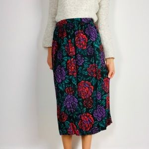 Vintage DVF Hi Waist Black Floral Pleat Midi Skirt